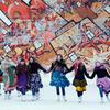 """""""一起舞蹈""""滑冰节的俄西伯利亚城市举行"""