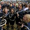 俄罗斯纳希莫夫海军学院士官生庆祝毕业