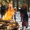 迎春送冬的谢肉节:焚烧稻草人唤醒冬眠熊