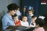 Reading children
