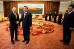 俄罗斯总统普京和中国国务院副总理李克强在北京举行会晤。摄影:路透社 (Reuters)