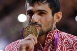 俄罗斯柔道运动员阿尔森•戈尔斯蒂安在60公斤级比赛得金牌。图片来源:AP