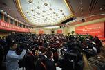 中国领导人将希望寄托于拉动内需的想法也未能得以实现。图片来源:新华社