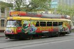 """著名的A路有轨电车""""阿努什卡""""。图片来源:PressPhoto"""