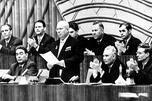 尼基塔•赫鲁晓夫发言。图片来源:PressPhoto