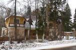 这样的房子建于20世纪50年代,按照当时苏联的标准可以算是真正的豪宅。在封闭的秘密城市里,顶尖科学家正是居住在这样的房子里。摄影:Andrey Zolotov