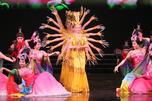 演出为现场观众留下了深刻的印象。图片来源:俄罗斯报