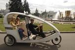 人力三轮出租车将有助于促进莫斯科脚踏车交通的发展,减轻温暖季节的路上压力,并有利于改善生态环境。图片来源:塔斯社