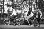 尼古拉一世的长子,其继承者沙皇亚历山大二世,是俄国皇室中第一个骑自行车的人。