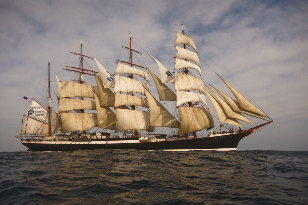 Sailors, cadets and rock musicians are sailing around the world to mark Russia's 1150th anniversary. Right now the ship Sedov is floating around the Cape Horn in South America. The nearest stop is to be on September 28 in the port of Ushuaia, Argentina.