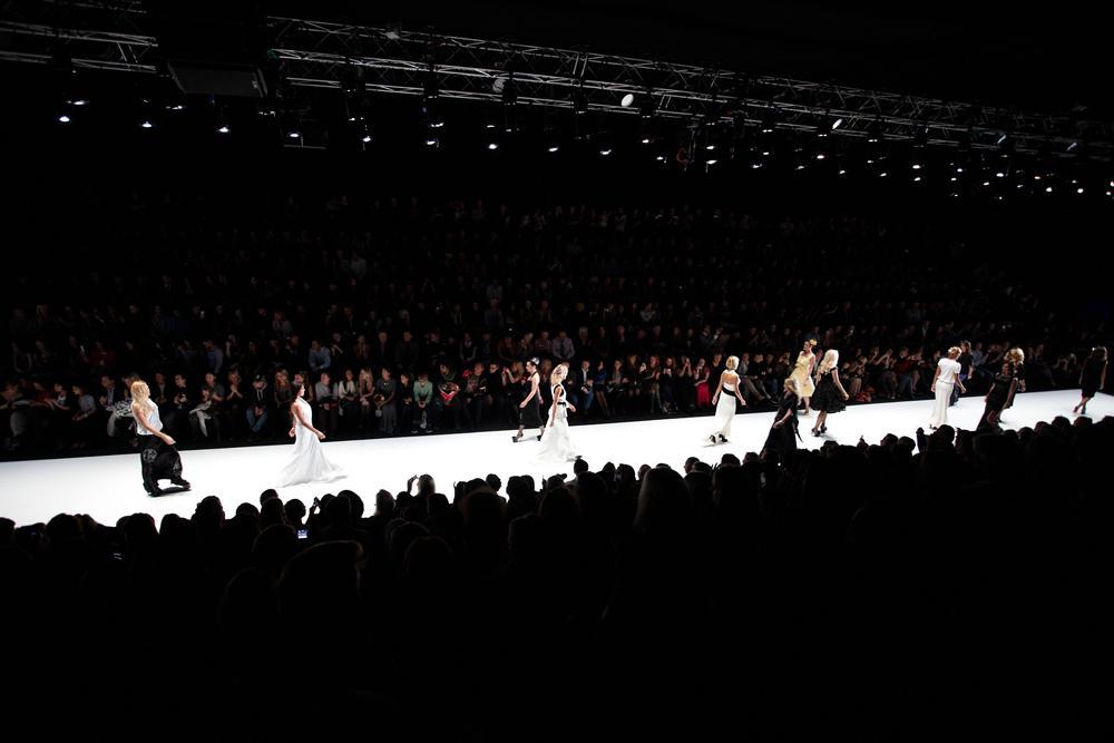 梅赛德斯-奔驰俄罗斯时装周于10月17日至24日在莫斯科举行。