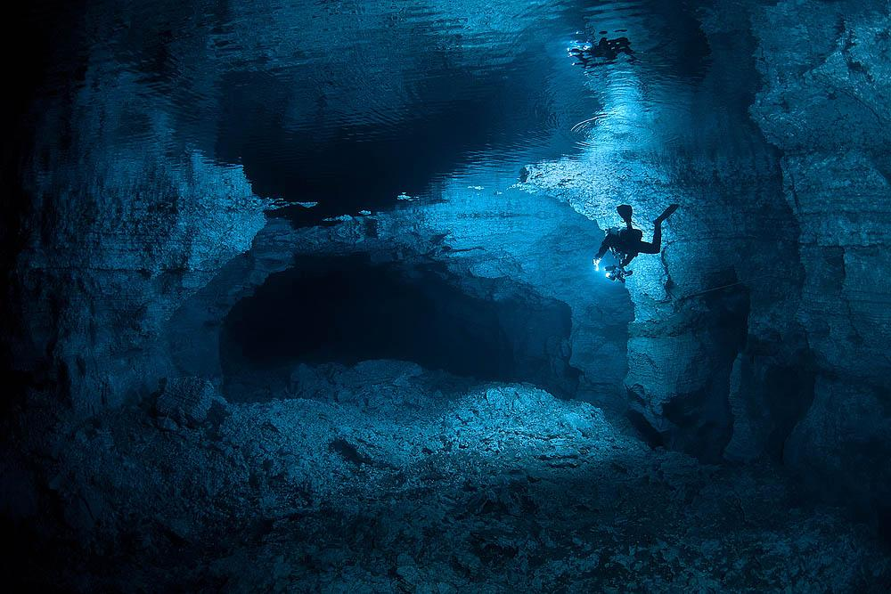 """One of the world's best cave-divers, the U.S.A.'s Jill Heiner, praised the skill of the Ural divers: """"The Russian divers I know are the very best in the world; they work in very harsh immersion conditions."""""""