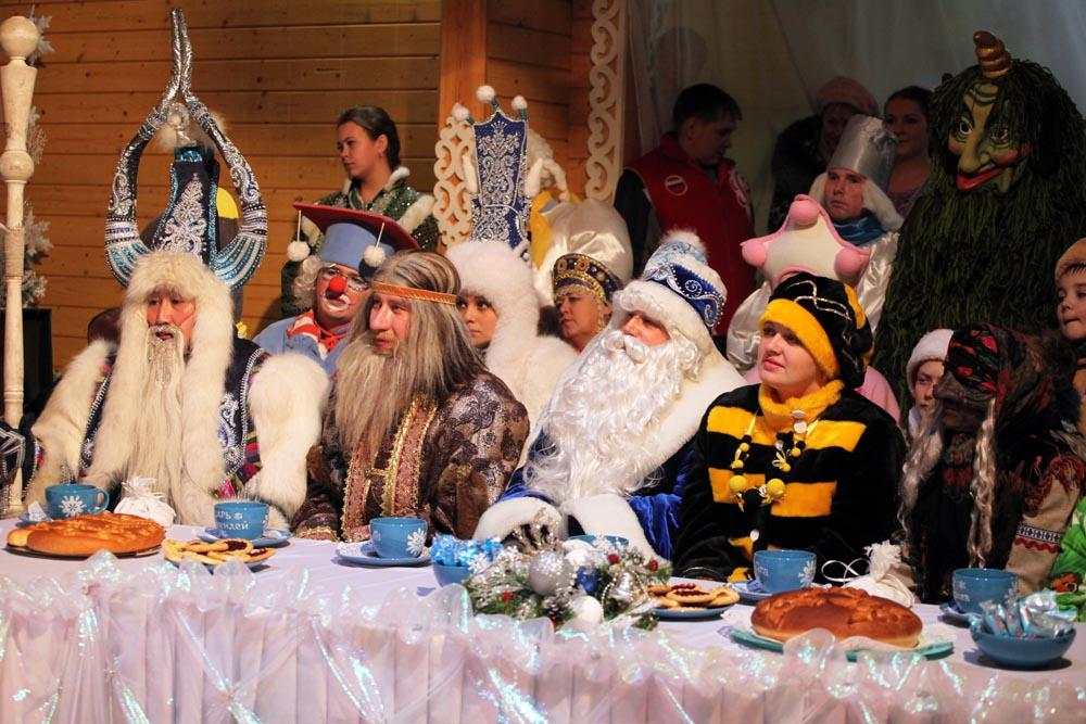 There are equivalents of Ded Moroz and Snegurochka all over the former USSR, as well as the countries once in the so-called Socialistic bloc and in the former Yugoslavia. Today they all have gathered in Veliky Ustyug to greet their famous Russian colleague.