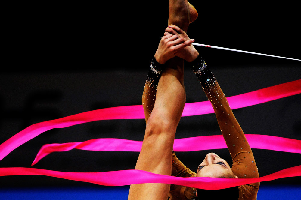 Nella 29ma edizione del Campionato mondiale di ginnastica ritmica nella città giapponese di Mie, Evgenia Kanaeva stabilisce un nuovo record, conquistando 6 ori su 6. È la prima atleta nella storia della ginnastica ritmica a ottenere questo risultato