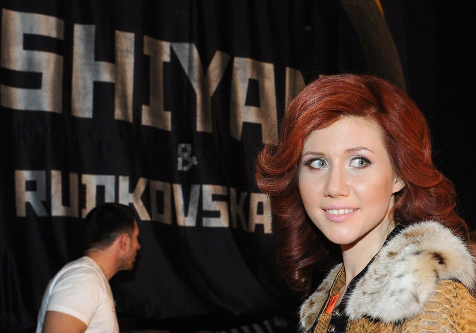 Ана Чепмaн (Кушченко) е родена во Волгоград на 23 февруари 1982 година.