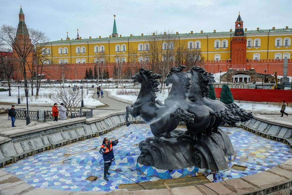 Cleaning of the water fountain complex at Manezhnaya square, Moscow