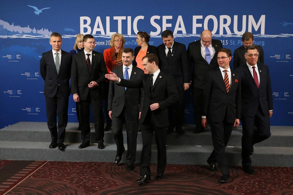 Prime Minister Dmitry Medvedev, front center, takes part in a group photo of the member delegations at the Baltic Sea Forum. Front, from left: Prime Minister of Norway Jens Stoltenberg, Prime Minister of Latvia Valdis Dombrovskis, Prime Minister of Estonia Andrus Ansip. From right: Prime Minister of Lithuania Algirdas Butkevicius, Prime Minister of Finland Jyrki Katainen.