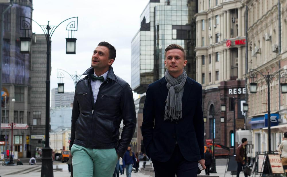 "Slava, 34 years old, manager at Tele2 and Mikhail, 26 years old, journalist at the Mir TV network // Slava: ""I bought my bow-tie in a second-hand clothes shop in Berlin. But my favourite accessory, the one I never leave home without, is my Björn Borg bag. He was a brilliant tennis player and I am a great admirer of his work as a designer. I bought this bag a few years ago at the TsUM department store, next to the Bolshoi Theatre. // "" Mikhail: ""I try to dress well, but to be honest, designer clothes never fit me. So I find my clothes all over the place, whenever I see something I like. The blue suit I'm wearing today was bought at a shopping centre at the Voykovskaya metro station, I don't even remember the name of the shop. The same goes for the scarf."""