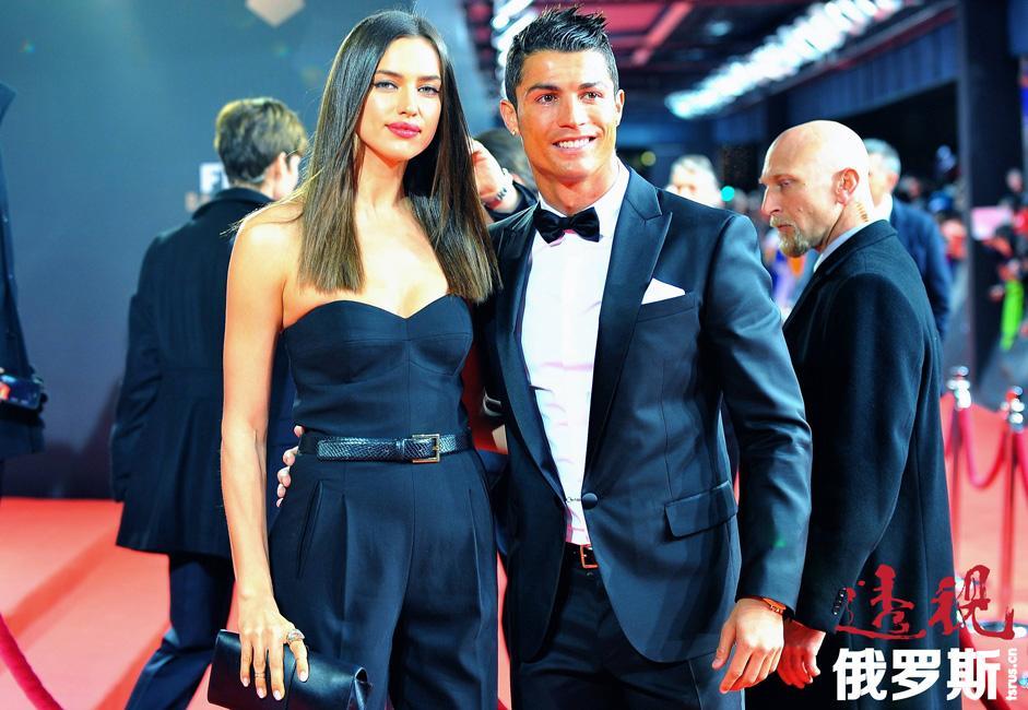 伊琳娜的现男友是全球最著名足球运动员之一、效力于西班牙皇家马德里队的葡萄牙球星克里斯蒂亚诺·罗纳尔多(Cristiano Ronaldo)。