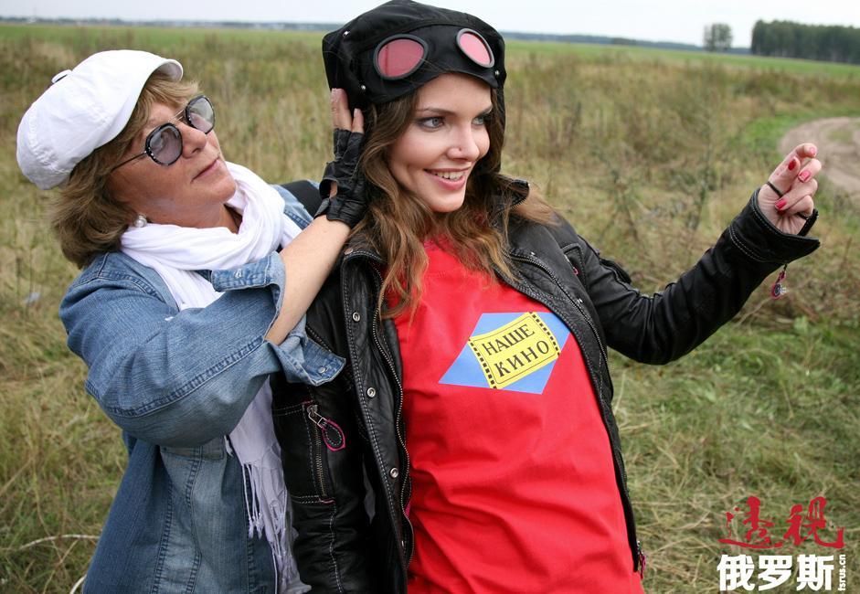 她在电影《元帅》(2008年)中饰演安娜•季米廖娃(Anna Timireva)、一个爱上俄军司令亚历山大•高尔察克(Alexander Kolchak)元帅的姑娘。