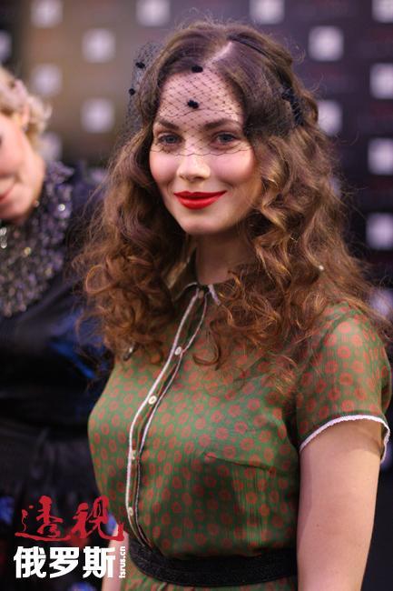此外,尤利娅还开始在好莱坞崭露头角。影片《虎胆龙威》今年推出新续集,尤利娅在其中扮演了主要角色之一。