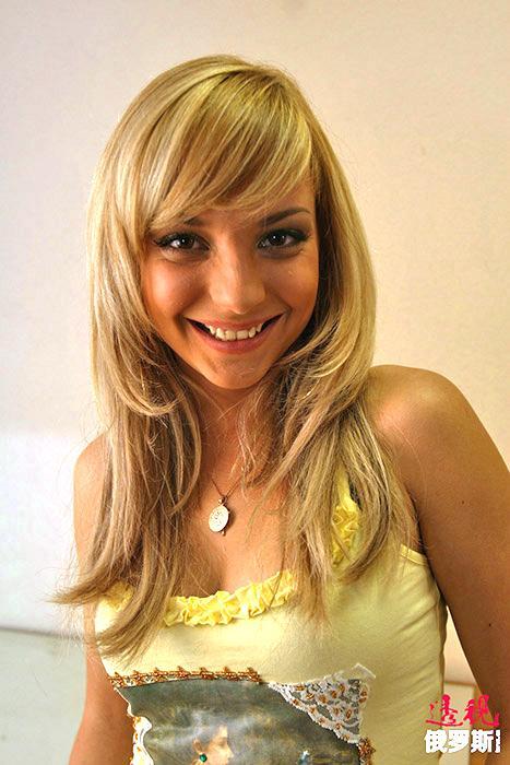2011年,萨加洛娃嫁给了商人康斯坦丁•马斯列尼科夫(Konstantin Maslennikov)。同年7月1日,他们的女儿伊丽莎白出生。
