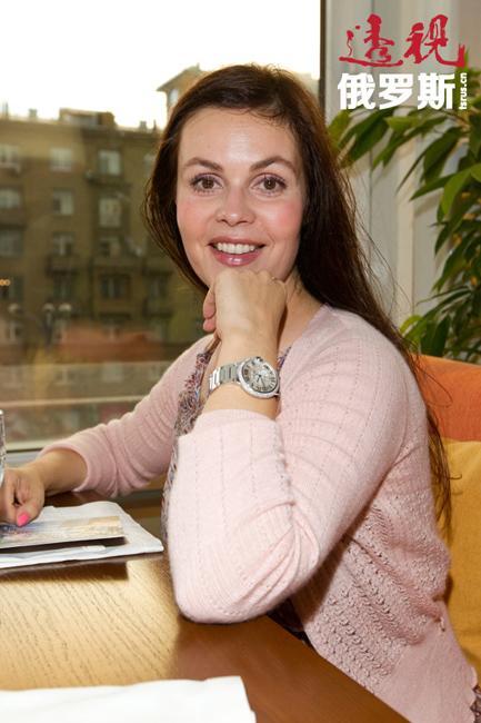 1999年,根据Internet网举行的调查结果显示,叶卡捷琳娜被认为是俄罗斯最美的电视主持人。2010年,她又当选俄罗斯最受欢迎的十佳电视主持人之一。