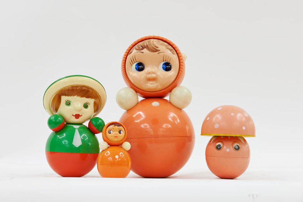 不倒翁,苏联和中国儿童喜爱的玩具。