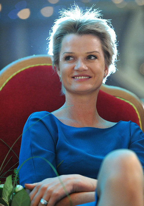 According to the latest data, twice as many men as women will take part in the Torch Relay. // Svetlana Khorkina, two-time Olympic Champion on the uneven bars, and three-time World and European All-Around Champion
