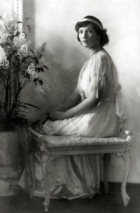 "Grand Duchess Tatyana Nikolaevna (aged 21 on the day she was shot) // ""Tatyana Nikolaevna, in my opinion, was the prettiest. She was taller than her mother, but so slim and so well built that her height was no obstacle to her. She had beautiful and regular facial features and resembled her beautiful royal relatives whose family portraits decorated the palace."" (From the memoirs of Baroness Sophie Buxhoeveden)"
