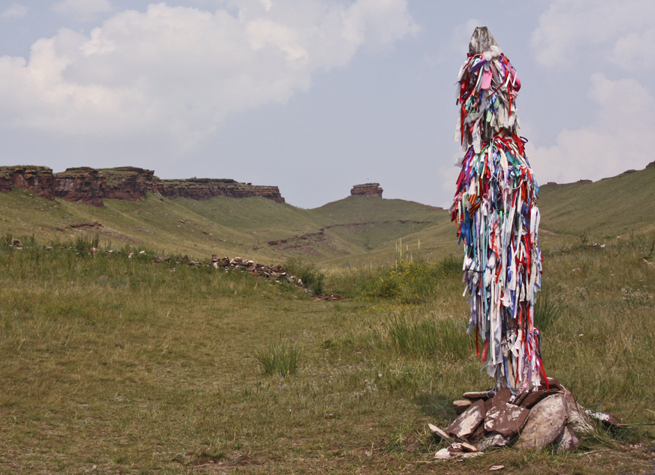 Ribbons are usually festooned in Khakassia in honor of the shaman festivals. They must be absolutely new.