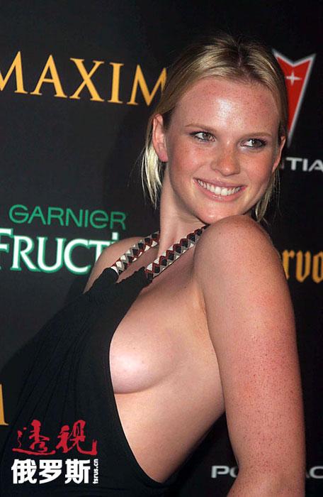 2012年,安娜首次涉足电影,获得了在布鲁斯·威利斯主演的《虎胆威龙5》中出演女主角的机会。