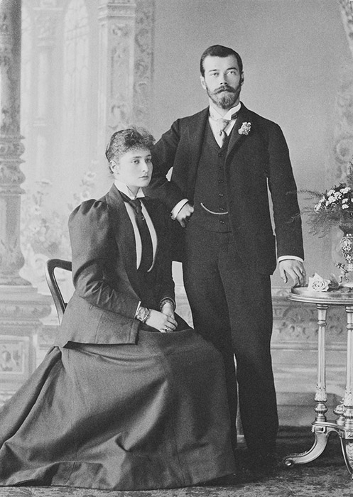 The newlyweds spent their honeymoon in mourning. / Crown Prince Nikolai Alexandrovich and Alexandra Fyodorovna