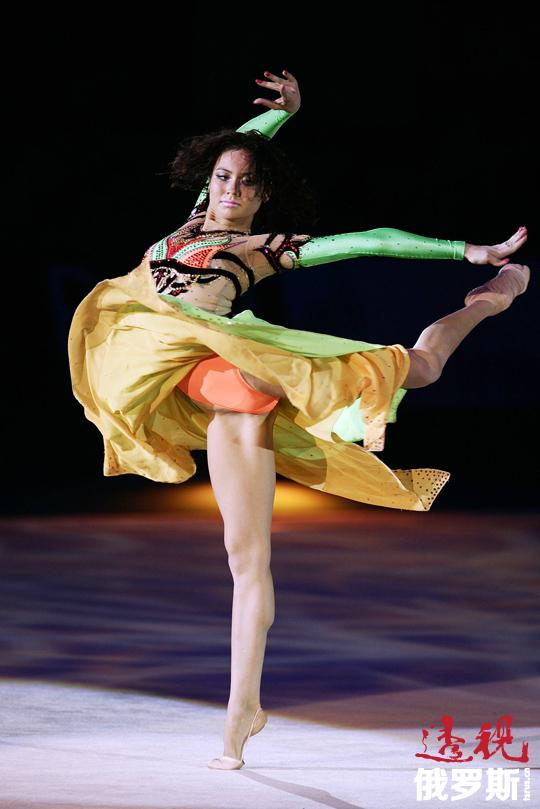 结束运动生涯后,乌佳舍娃成了俄罗斯国家电视台的主持人,2010年起开始主持晨间体操节目。