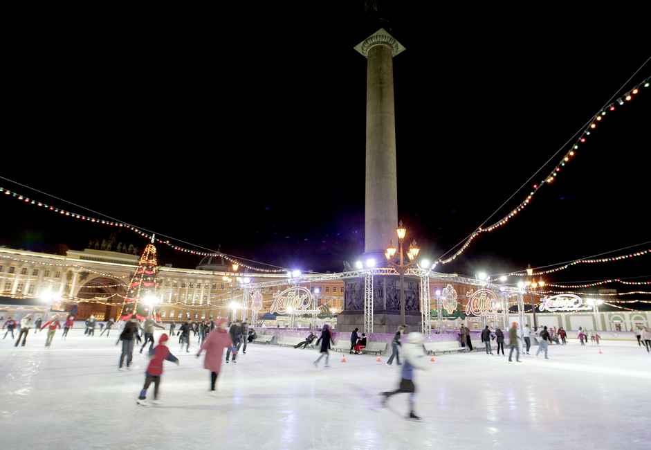 In the past few years, skating has regained its role as one of Russia's most popular winter pastimes.