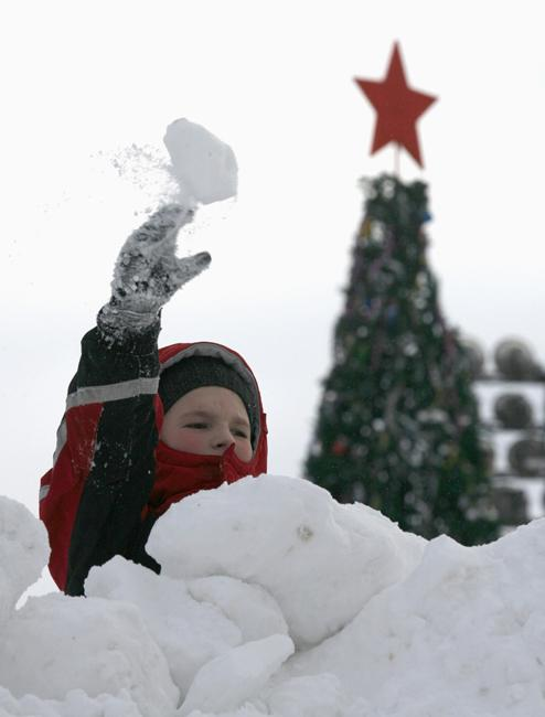 But nothing provides as much fun as a snowball fight.