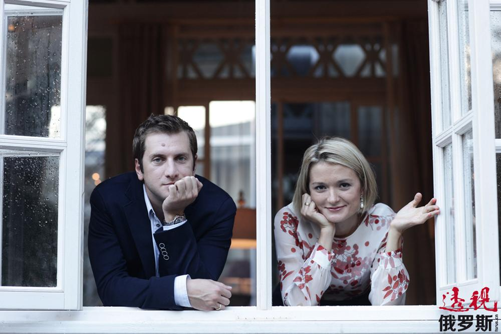 """2009年,娜杰日达与格鲁吉亚著名导演列佐•基基涅伊什维利举行了婚礼。目前,二人共同抚育着列佐与前妻的女儿和他们自己的孩子——有着""""尼诺""""这一动听的格鲁吉亚名字的女儿。2013年传出消息,这对夫妻正期待着自己第二个孩子的到来。"""