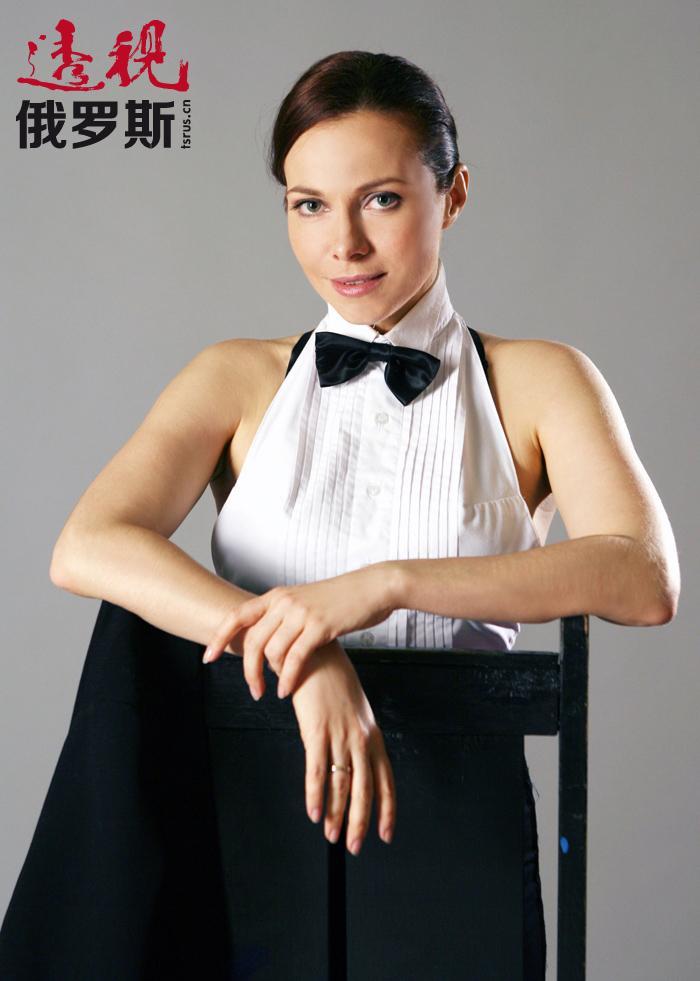 此后,叶卡捷琳娜参加了许多部俄罗斯著名音乐剧的演出。目前,她作为歌手越来越有名。2007年发行了自己首个独唱专辑。