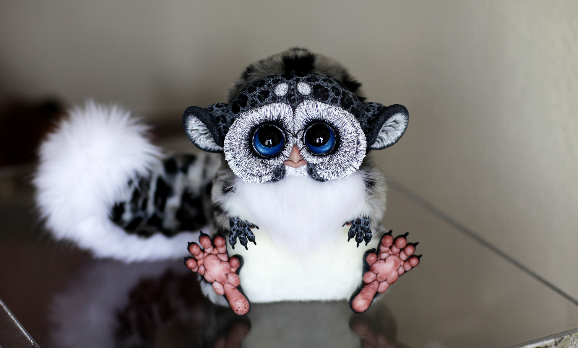"""""""The artist has completely mastered the power of cute. It's amazing how incredibly detailed they are.. These colorful creatures look like they could be the cuter cousins of the gremlins in Speilberg's 1984 movie of the same name..,"""" the media said."""