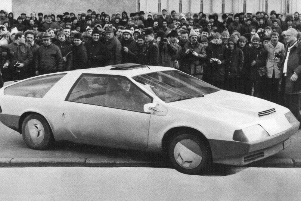 "Laura. In January 1982, in a small workshop on the outskirts of Leningrad, two young men, Dmitry Parfenov and Gennady Hainov, decided to create a car of their own making. Interestingly, unlike the majority of home-made cars, it was built almost entirely without factory parts — even the engine was designed and hand-built by the two enthusiasts. The car was highly praised by then General Secretary of the Communist Party Mikhail Gorbachev and took part in numerous <a href=articles/2012/06/05/the_soviet_cars_that_emigrated_to_the_west_15805.html target=""_blank""> <u>international exhibitions</u> </a>, but was never mass produced."