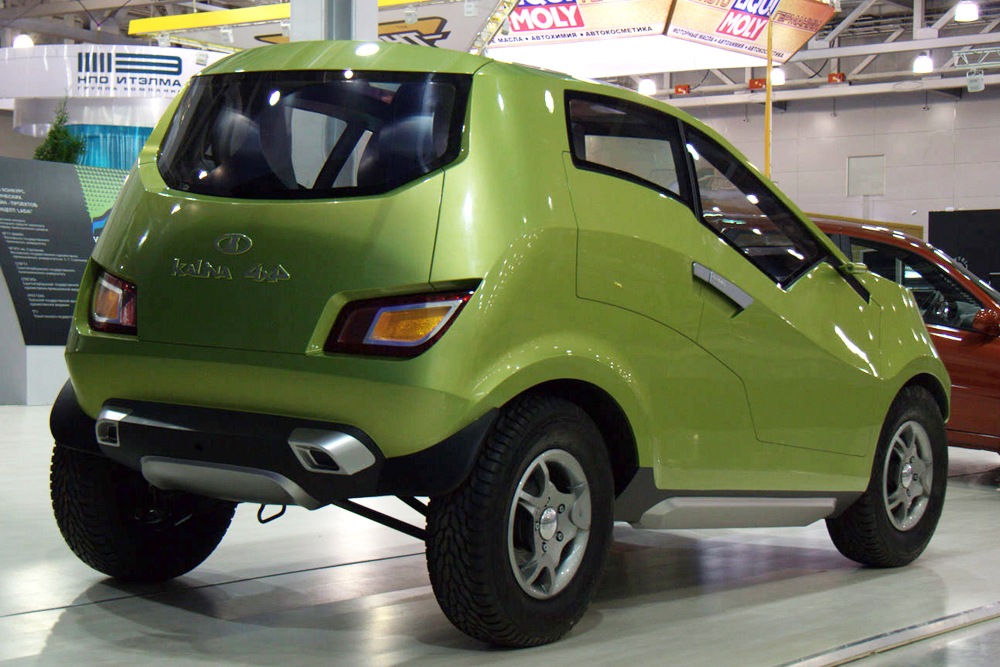 A new series of Lada 4x4 retail hatchbacks was due to go into mass production at the turn of 2017-18. This new development by the carmaker looked promising, but later the Russian auto giant abandoned its proposed all-wheeler Lada Kalina, which had been presented as a concept back in 2007. AvtoVAZ estimated that the addition of a rear axle would require a lot of improvements and hit the company hard in the pocket. Taking the path of least resistance, it chose instead to focus on other models.