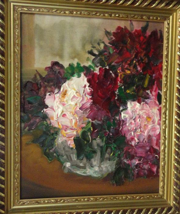 叶夫根尼•图卢诺夫(Evgeny Turunov)。图卢诺夫是一位专业画家和艺术学学者。他的作品在中国民众中享有广泛的声誉。作为一个对美好事物的精细鉴赏家,图卢诺夫通过花卉创作传达出自己的处世态度。他的调色板艳丽、敏感又专业。图卢诺夫参加的画展总数超过200次,其中在俄罗斯国内及世界各地均30次以上,并多次举办个人画展。//《玫瑰》,叶夫根尼•图卢诺夫作