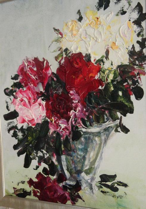 2009年,图卢诺夫成为《我内心的中国,我灵魂的俄罗斯》国际艺术展的参展画家。同时,他的作品又在伊尔库茨克、天津、北京及其他中国城市展出。之后他应邀为北京俄罗斯文化中心举办的俄罗斯会议和伊尔库茨克文化日活动工作,并在中国多个城市举办画展和大师班。//《玫瑰》,叶夫根尼•图卢诺夫作