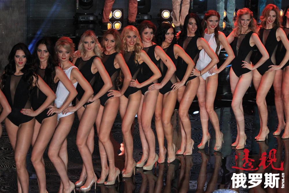 """7月2日莫斯科举行了一年一度的选美比赛""""2014莫斯科小姐""""。"""