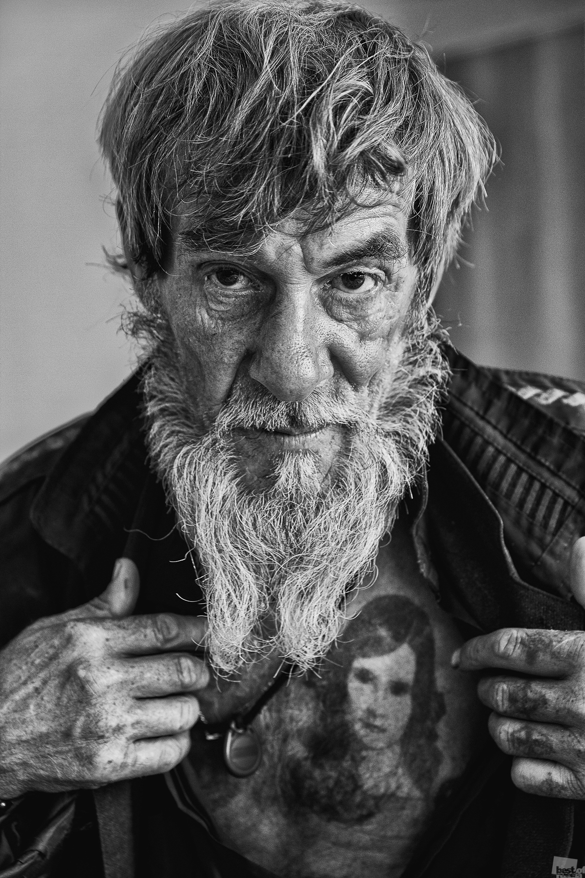 If the love of your life is a youthful memory, don't despair // A Siberian hobo with the unusual name August shows a tattoo on his chest of his beloved. Kansk, Krasnoyarsk Territory