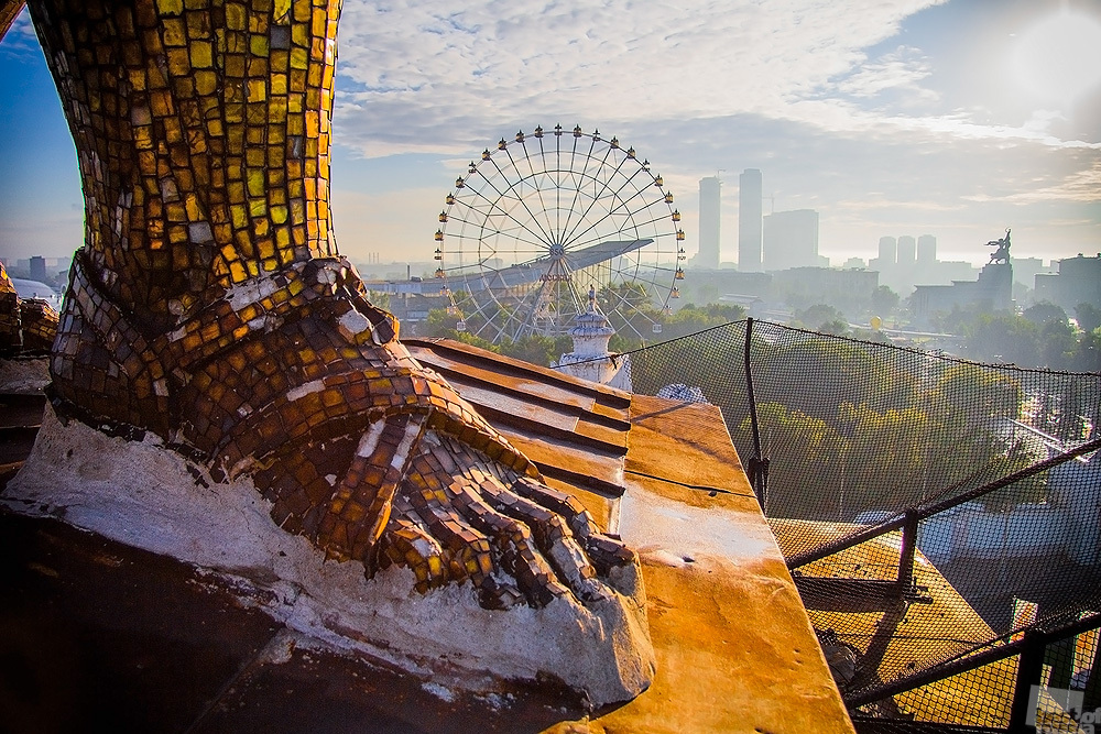 """The view from above, by the way, is almost always the best // A giant leg from the """"Worker and Kolkhoz Woman"""" statue that sits atop the arc of the main entrance to the All-Russian Exhibition Center, Moscow"""