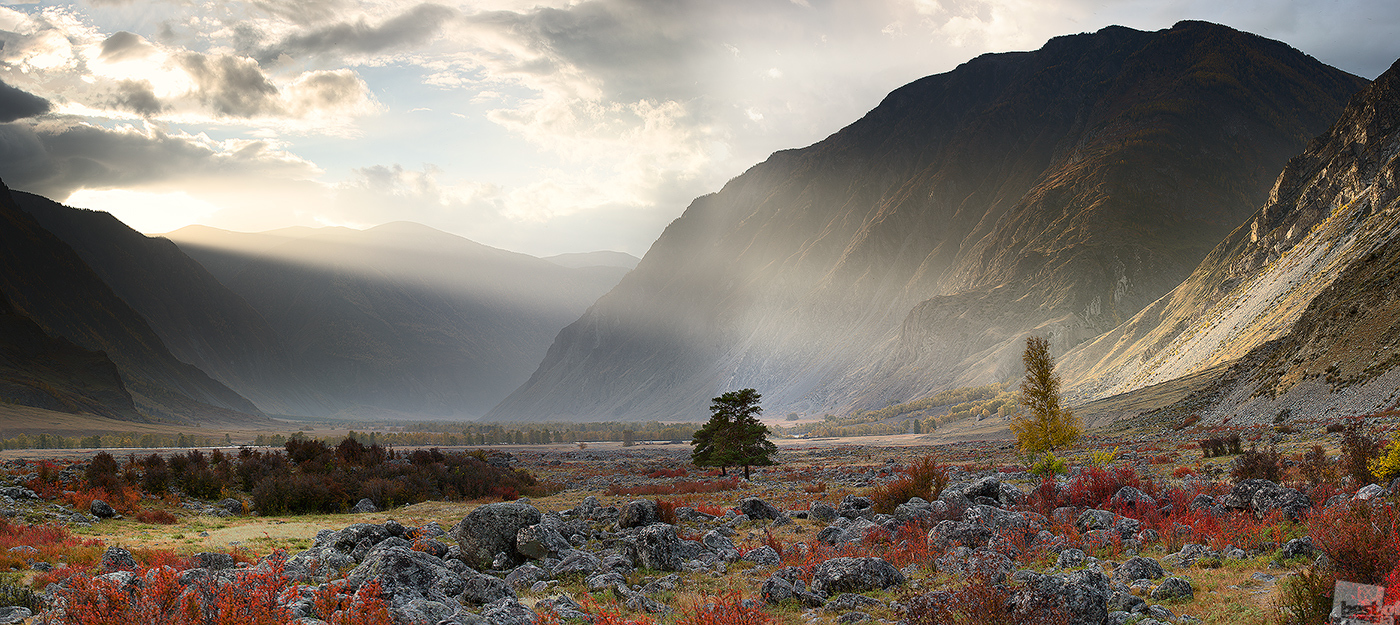 Chulyshman River valley, Altai Republic, Russia