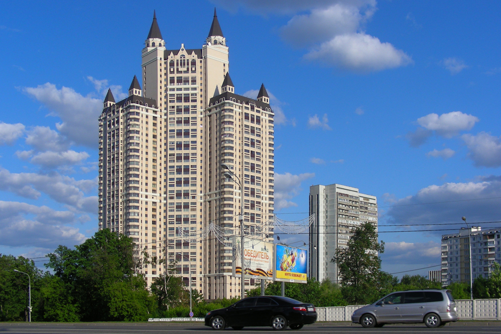 The Edelweiss complex has 43 floors and 337 apartments. The complex features an aquapark, bar, restaurant, supermarket, beauty salon, fitness center, and much more.