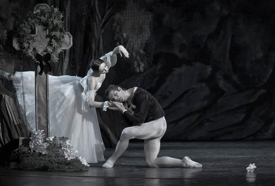 I don't divide dance into classic choreography or contemporary, I just see dance in its breadth and diversity. I wanted to show the diversity of the Russian choreographic scene, to present new names, to get new perspectives not only for the dancers, but also for the audience. // 'Giselle' State Kazan Theatre
