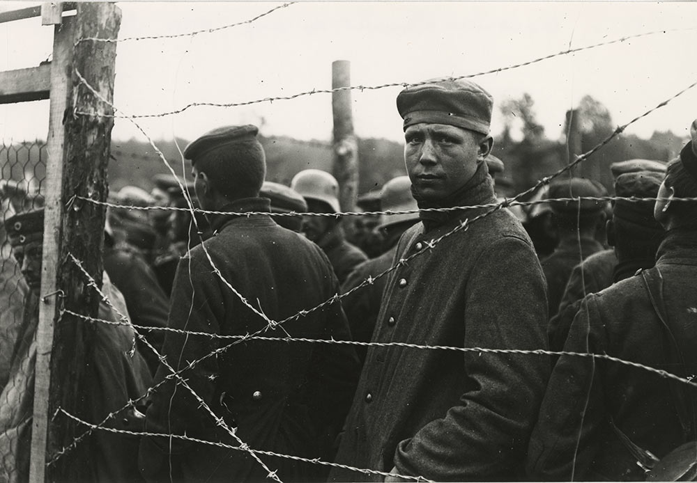 St Felix, German prisoners at a camp in Aisne, 24.10.1917